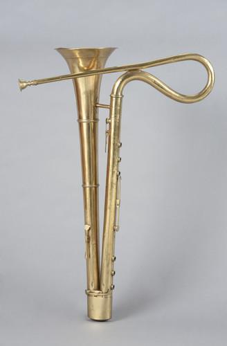 Bass horn | Frederick Pace