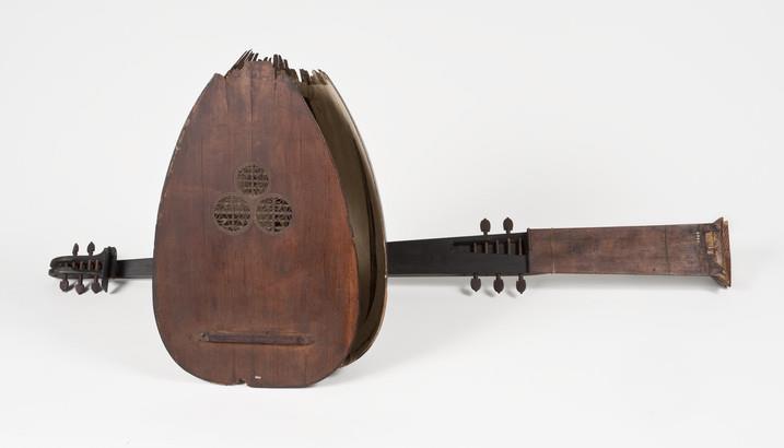 chitarrone | Pietro Railich