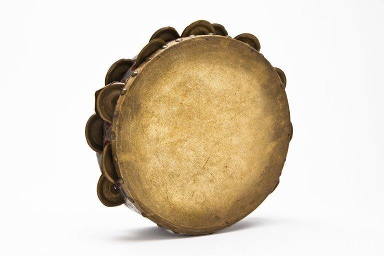 9-inch tambourine. |