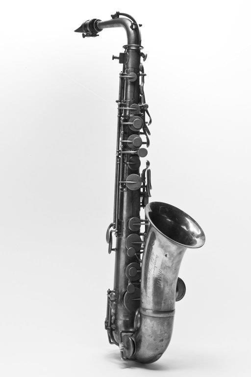 Alto saxophone. Nominal pitch: E♭. | Adolphe Sax