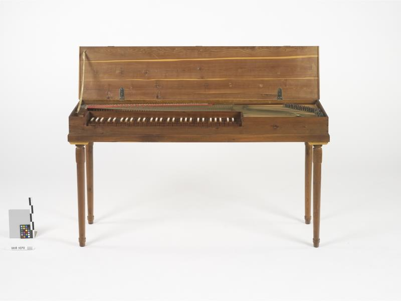 Bundfreies Klavichord (Kopie nach W.A. Mozarts letztem Klavichord) | Rück