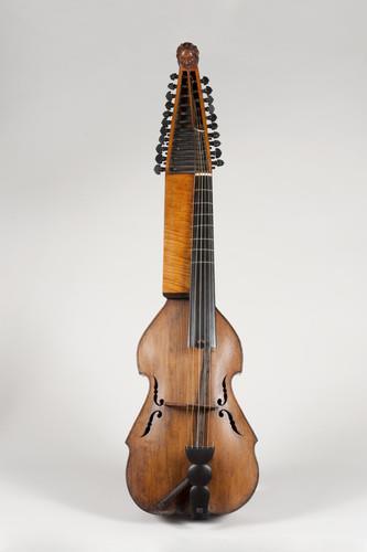 viola di fagotto, viola di bordone |