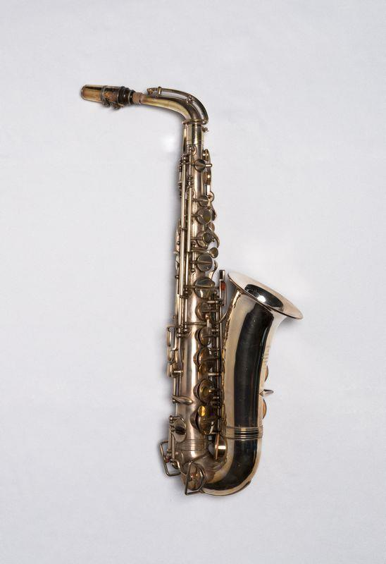Alto saxophone | Besson & Co