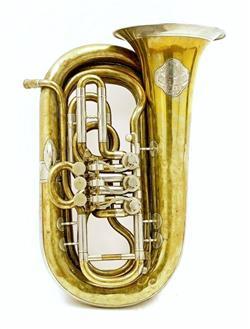 Knapsack tuba. Nominal pitch: 18-ft B?. | Wenzel Tomschik