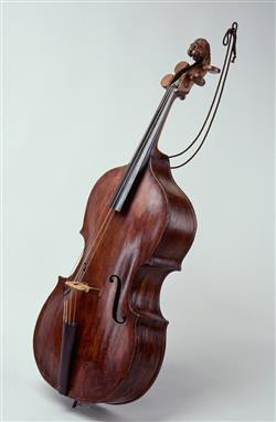 Basse de violon dite de procession |