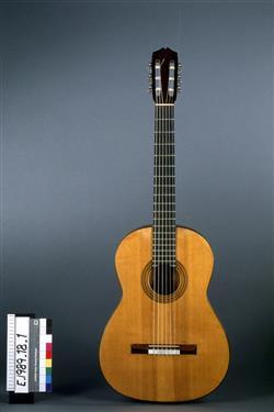 Guitare | Santos Hernandez