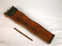 """Tambourin à cordes """"Soinu"""" """"tanburia"""" (avec baguette et clef)  """