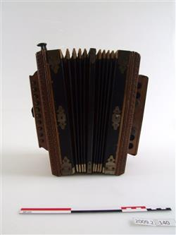 Accordéon diatonique | Universal Accordion